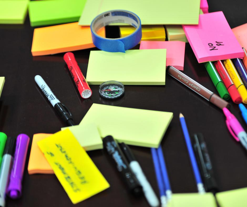 sticky notes desk essentials